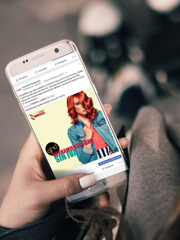 Dinamización continua en Redes Sociales para la empresa Procash Peluqueria